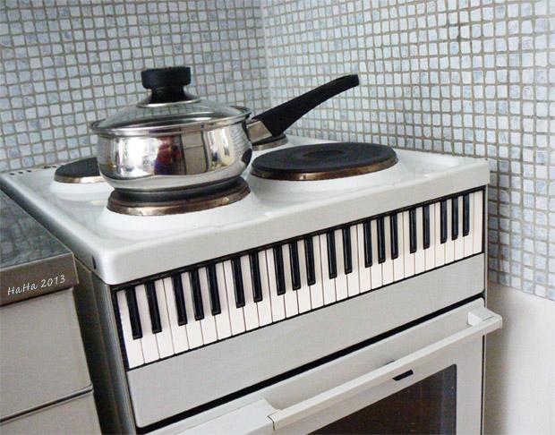 Piano-hella rinnakkaistodellisuudessani