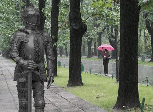 El caballero de la armadura en el parque